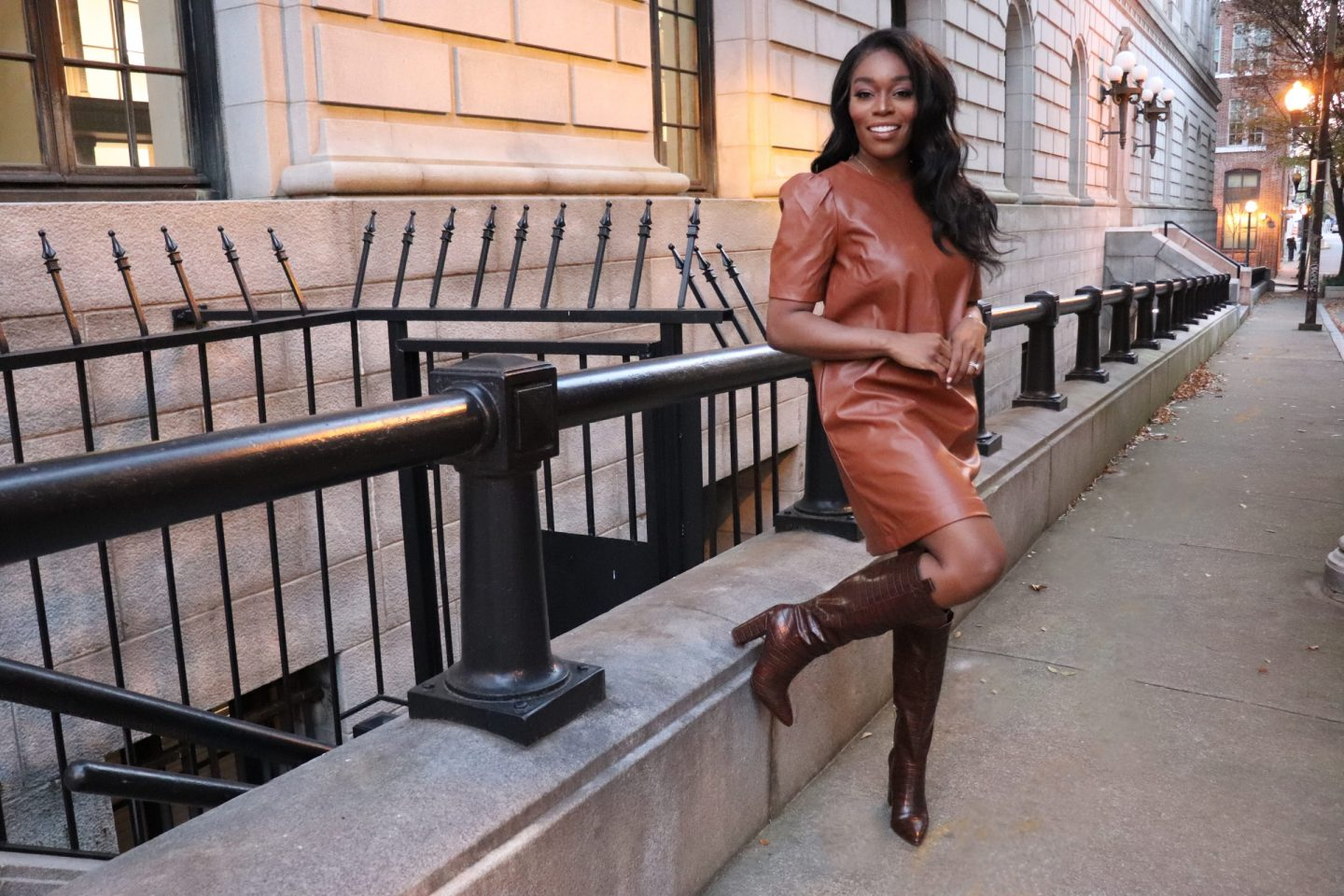 FALL FASHION WITH LEATHER